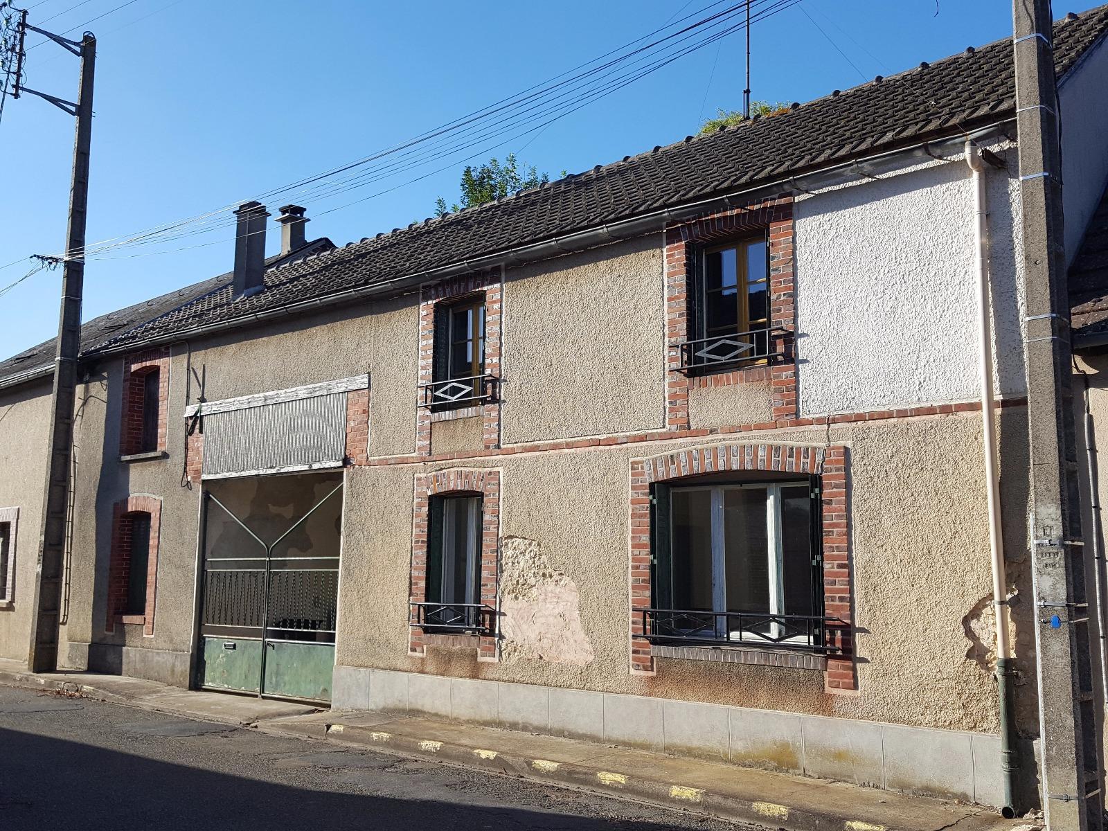 Vente maison ancienne a finir de renover beville le comte for Maison a finir